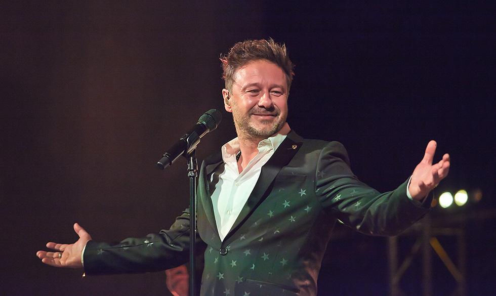 Andrzej Piaseczny zaśpiewał laureatom